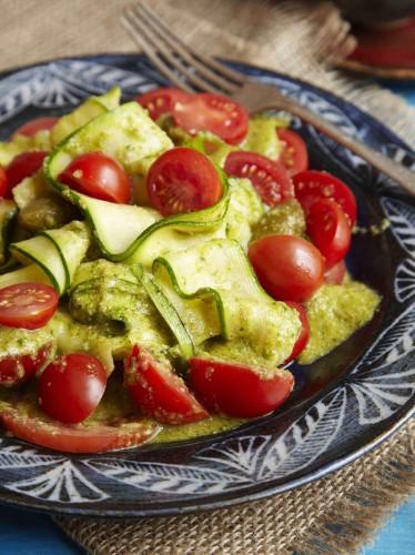 cukiniju ir pomidoru salotos_maza