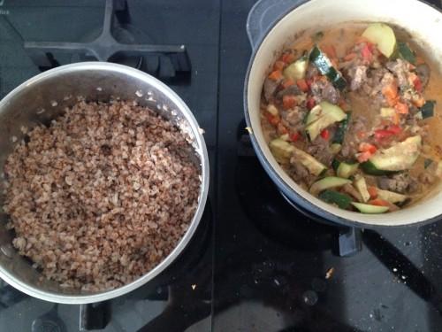 Beatos vištienos kepenėlės su daržovėmis