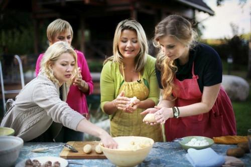 Beatos virtuvė, cepelinai, moterys meluoja geriau