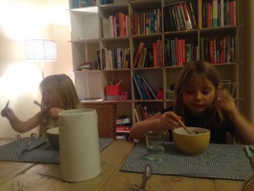 Beatos virtuve karoliai vaikai Izabele