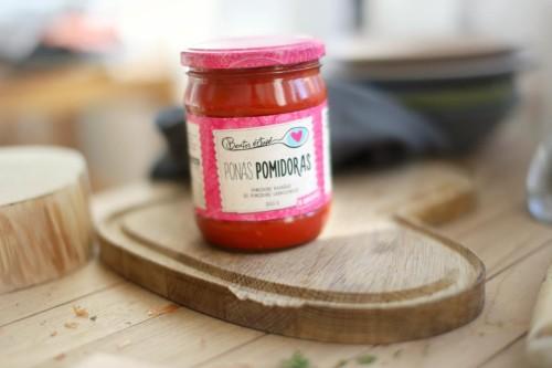 Beatos virtuve_ponas pomidoras