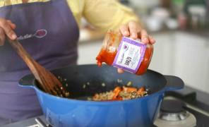 Beatos virtuve_nauji trintu pomidoru padazai_plovas_darzo choras