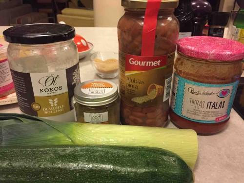 cukiniju, pupeliu ir pomidoru sriuba_padazas italas