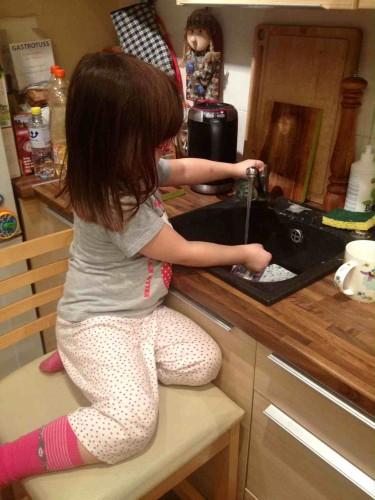 Beatos virtuve_vaiku pareigos_Aurelija