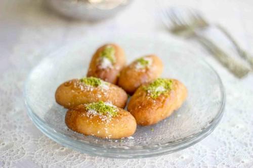 Beatos virtuve_turkiski sausainiai su kokoso drozlem